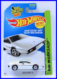 hot wheels James Bond LOTUS ESPRIT S.jpg