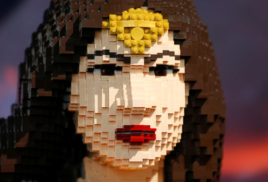 wonder-woman-lego.jpg