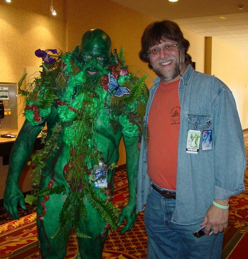 Swamp_Thing_and_Len_Wein.jpg