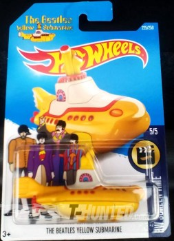 HOTWHEELS BEATLE YELLO SUBMARINE.jpg